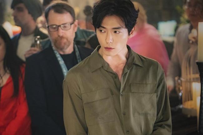 Các fan đừng lo, bạn trai mới của Park Min Young đẹp trai, thần thái chẳng kém Park Seo Joon đâu - Ảnh 1.