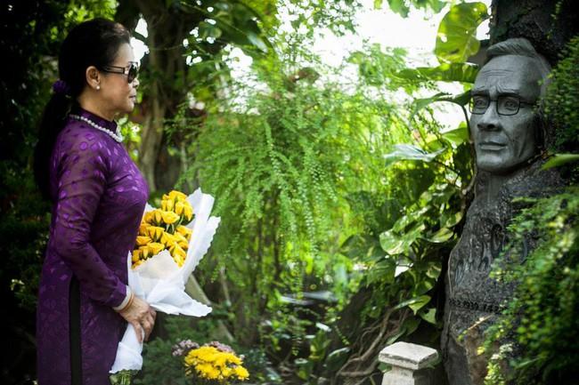 Khánh Ly và câu trả lời về mối quan hệ có phải là yêu với nhạc sĩ Trịnh Công Sơn - Ảnh 2.