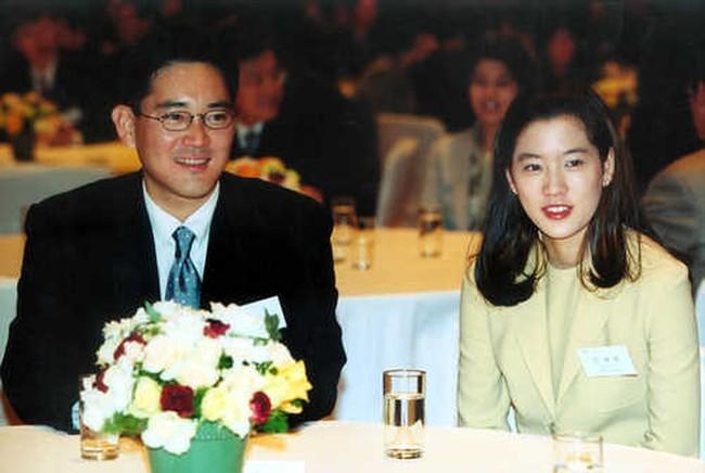 Vén màn cuộc hôn nhân vì lợi ích kín tiếng của thái tử Samsung và ái nữ tập đoàn đối thủ - Ảnh 2.