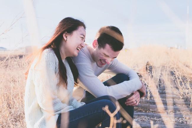 Đường đi không quá xa của cặp tình nhân quấn nhau như sam đến đôi vợ chồng không còn muốn đụng vào nhau - Ảnh 1.