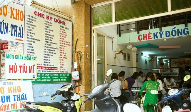 Sài Gòn những ngày đầu hè, thanh nhiệt tức thì với 5 quán chè ngon nức tiếng, nhắc tên ai cũng biết - Ảnh 6.
