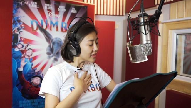 Văn Mai Hương bất ngờ góp giọng trong ca khúc nhạc phim được đề cử Oscar, được Disney mời làm diễn viên lồng tiếng - Ảnh 2.