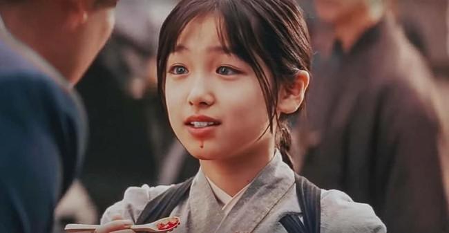Sao nhí Hồi ức của một Geisha khi trưởng thành: Liệu còn giữ được đường nét thanh thoát, ánh mắt trong veo mơ màng như trước kia?  - Ảnh 3.