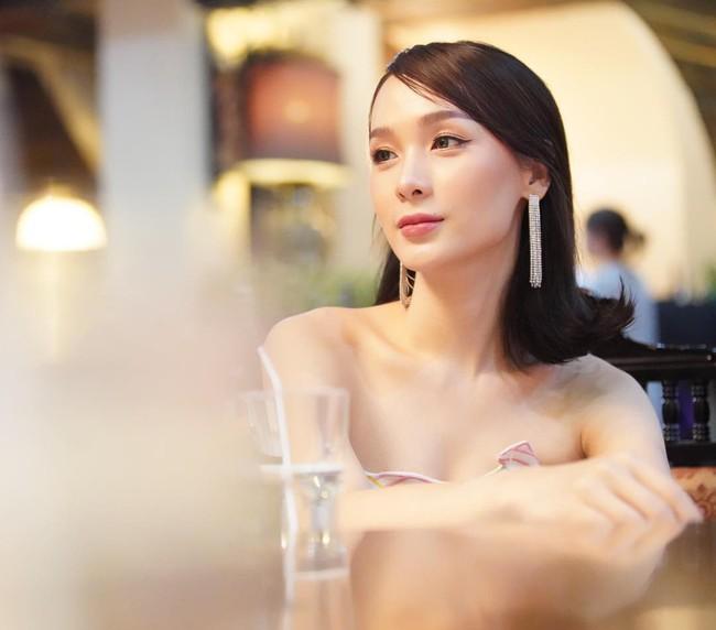 Soi mặt mộc của dàn mỹ nhân chuyển giới hot nhất Thái Lan: Nong Poy quá đỉnh, Yoshi đẹp tựa thiên thần đời thực - Ảnh 19.