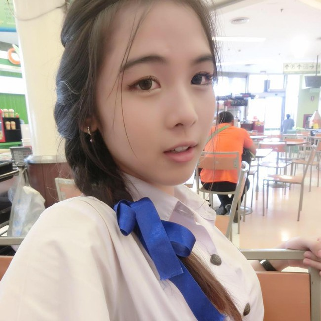 Soi mặt mộc của dàn mỹ nhân chuyển giới hot nhất Thái Lan: Nong Poy quá đỉnh, Yoshi đẹp tựa thiên thần đời thực - Ảnh 44.