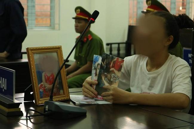 Vĩnh Long: Đánh chết con gái 4 tuổi của bạn thân, hung thủ chỉ nhận mức án 10 năm tù - Ảnh 2.