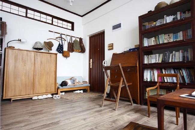 Căn hộ 83m² của gia đình trẻ ở Nhật đẹp cuốn hút nhờ có khu vực lưu trữ thông minh - Ảnh 4.