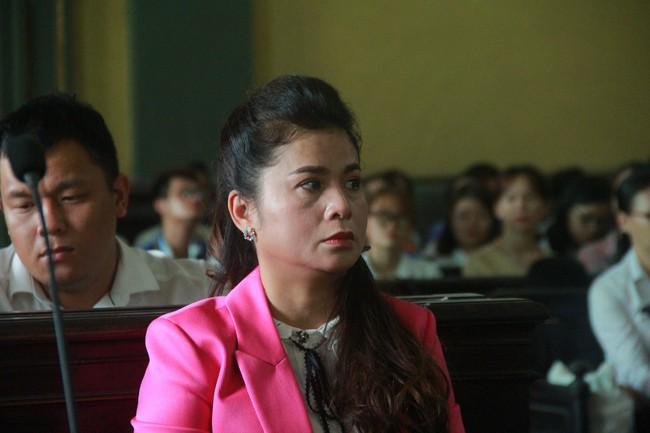 Căng thẳng vụ ly hôn nghìn tỷ: Tranh chấp 2.102 tỷ, luật sư bà Thảo nói không là tài sản chung nhưng lại chưa phải riêng? - Ảnh 1.