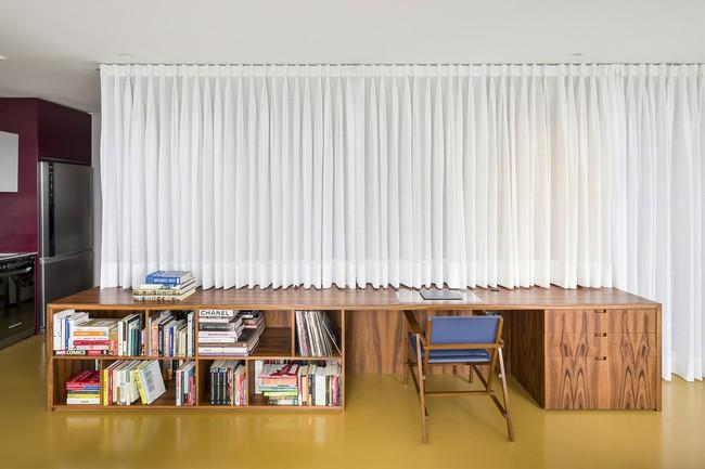 Studio biến thành căn hộ hiện đại trong tích tắc nhờ điều chỉnh rèm cửa và nội thất - Ảnh 4.