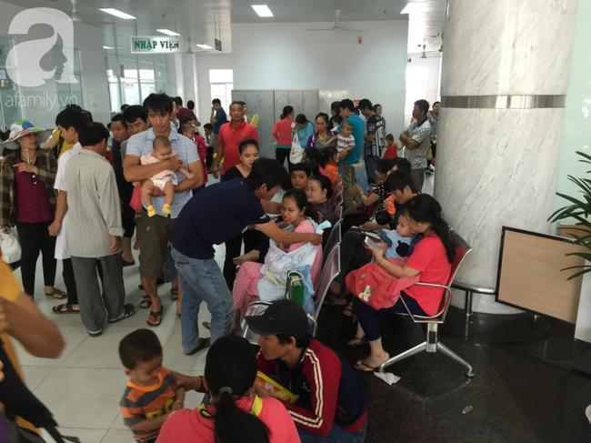 Hàng ngàn bệnh nhi đi viện vì tiêu chảy, sốc nhiệt tại TP.HCM: Cảnh báo những căn bệnh mùa nắng nóng - Ảnh 2.