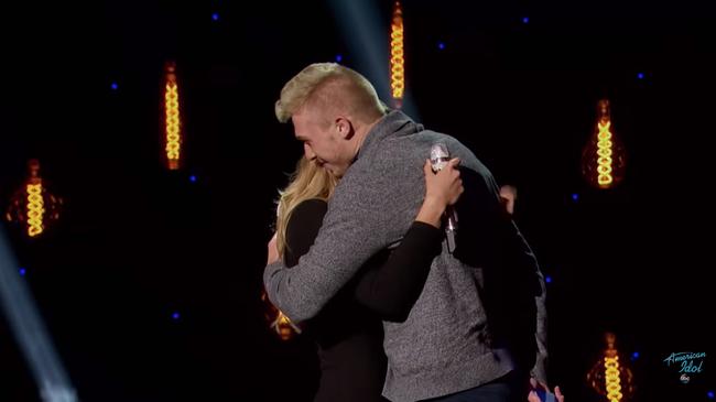 Màn gào khóc cực xấu của Katy Perry trên truyền hình khiến khán giả ôm bụng cười - Ảnh 7.