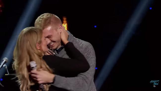 Màn gào khóc cực xấu của Katy Perry trên truyền hình khiến khán giả ôm bụng cười - Ảnh 6.