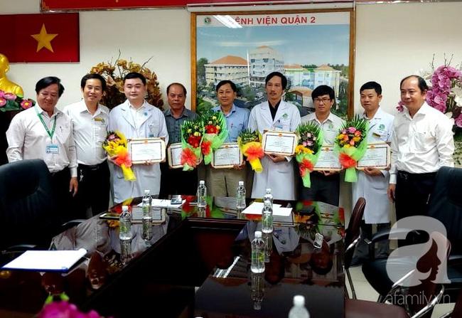 Phòng khám phối hợp bệnh viện cứu hai phụ nữ nguy kịch vì vỡ u buồng trứng, vỡ thai ngoài tử cung trong 1 ngày - Ảnh 2.