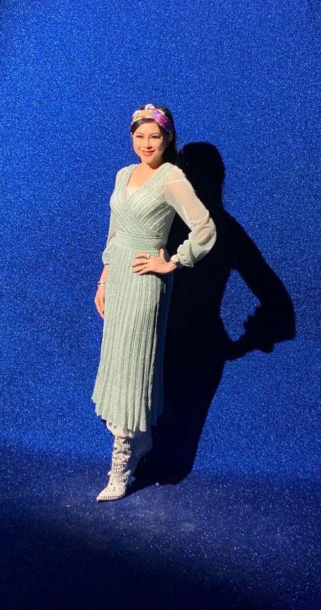 """Diện toàn đồ xa xỉ, doanh nhân Thủy Tiên đụng hàng ngay với công nương Kate Middleton mà độ """"chất"""" chẳng hề kém cạnh - Ảnh 2."""