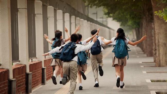 10 điều bố mẹ cần làm ngay để con được an toàn ở trường học, không để bị bạn bắt nạt ngay trong lớp - Ảnh 3.