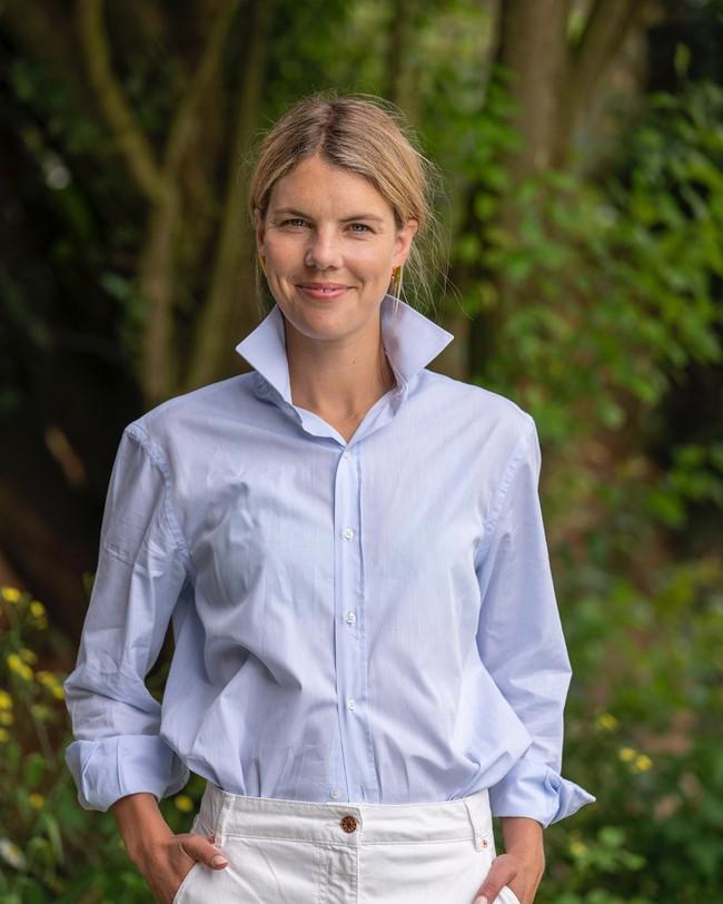 Chiêu mộ cựu biên tập viên Vogue về làm stylist, bảo sao phong cách của Công nương Kate gần đây thăng hạng thấy rõ - Ảnh 2.