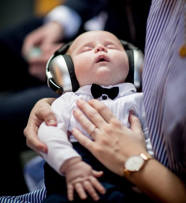 Con trai nhỏ cứ 3 tiếng lại dậy khóc đêm một lần, mẹ trẻ hiến kế giúp con ngủ ngoan đến sáng     - Ảnh 2.