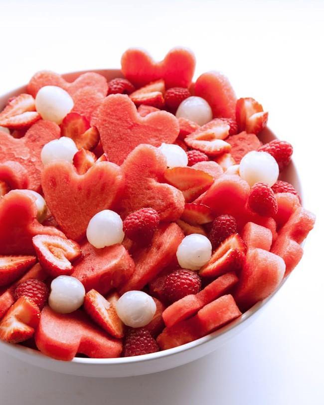 8/3 các anh chỉ cần làm mấy món salad này tặng vợ thì các chị vui cả mấy ngày! - Ảnh 1.
