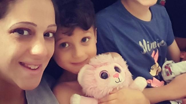 Ăn vụng sô cô la của mẹ, con trai 3 tuổi bỗng rơi vào cảnh thập tử nhất sinh  - Ảnh 3.