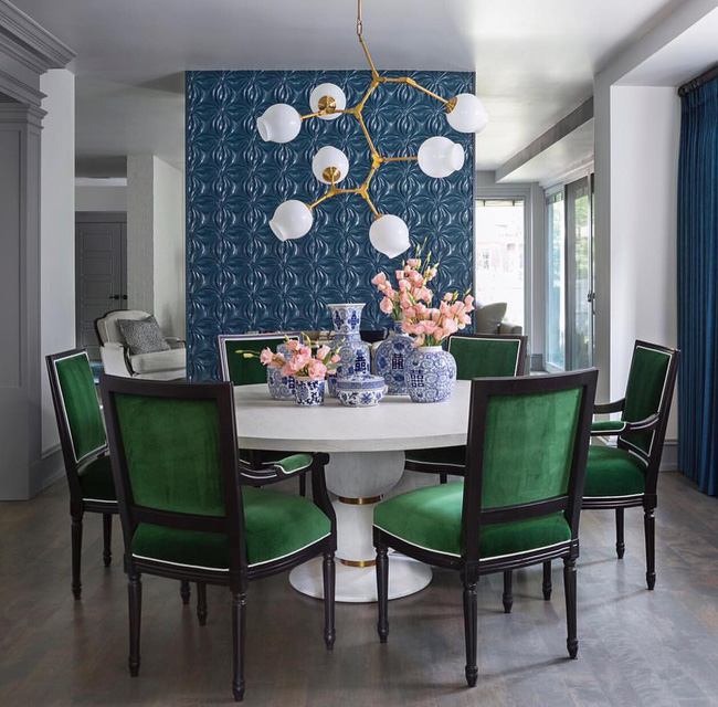 Không cần phải đắn đo nhiều vì bàn tròn luôn là lựa chọn tuyệt vời cho phòng ăn gia đình - Ảnh 2.