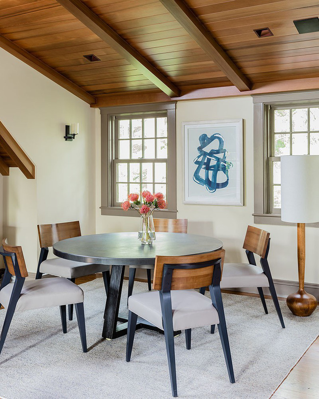 Không cần phải đắn đo nhiều vì bàn tròn luôn là lựa chọn tuyệt vời cho phòng ăn gia đình - Ảnh 4.