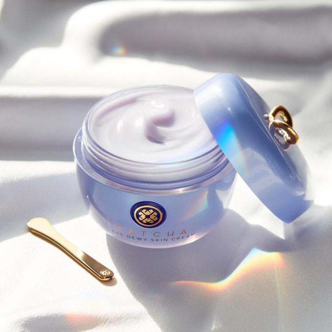 6 món skincare được các beauty editor dự đoán sẽ gây sốt, cực chuẩn để các nàng tự thưởng 8/3: toàn món xịn sò, món rẻ nhất chỉ 160k - Ảnh 1.
