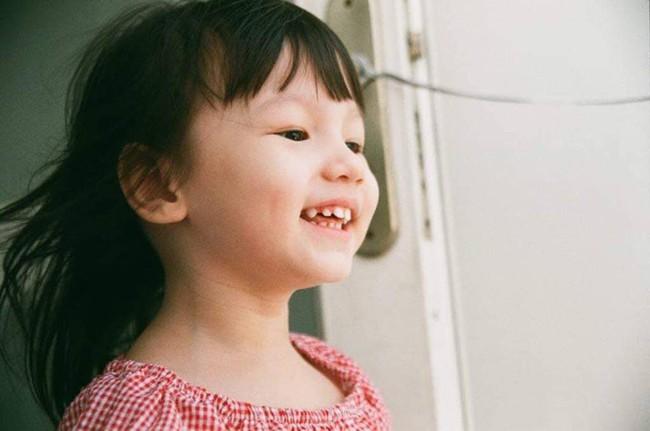 Sống bình yên hạnh phúc bên gia đình nhỏ nhưng ca sĩ Phương Vy vẫn không quên nhắn nhủ điều này tới con gái - Ảnh 3.