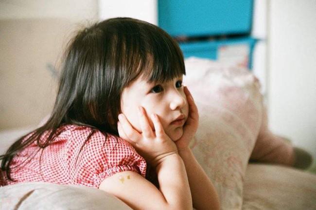 Sống bình yên hạnh phúc bên gia đình nhỏ nhưng ca sĩ Phương Vy vẫn không quên nhắn nhủ điều này tới con gái - Ảnh 4.