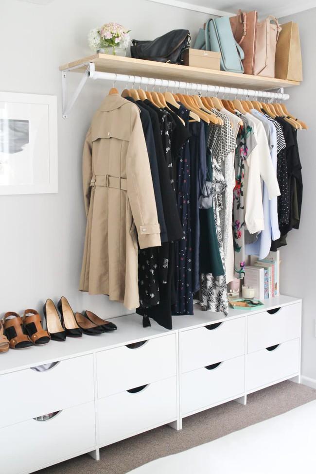 Làm thế nào để biến tủ quần áo của bạn thành một tác phẩm thiết kế siêu ấn tượng? - Ảnh 2.