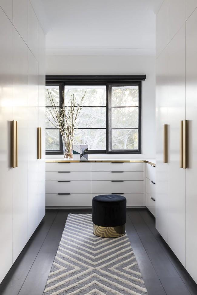 Làm thế nào để biến tủ quần áo của bạn thành một tác phẩm thiết kế siêu ấn tượng? - Ảnh 3.