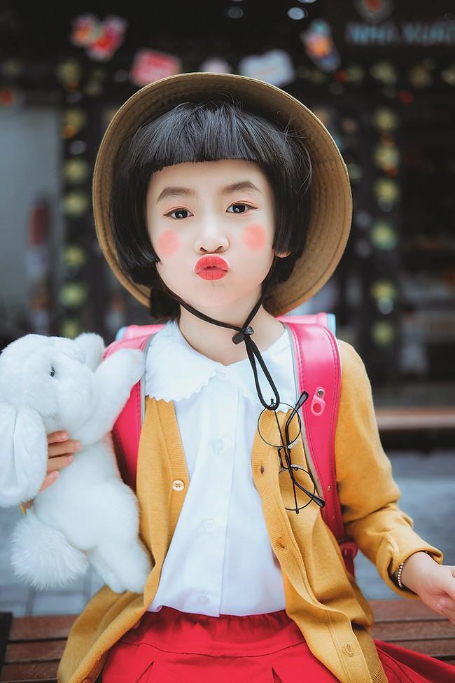 Bộ ảnh nhóc Maruko hồn nhiên, lí lắc xuất hiện ngay giữa Hà Nội khiến cộng đồng mạng ngả nghiêng - Ảnh 2.