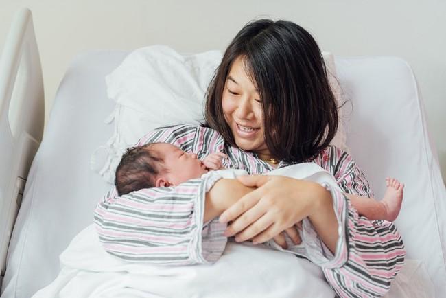 """Những điều các mẹ sau sinh tuyệt đối nên tránh trong tháng đầu tiên """"ở cữ"""" - Ảnh 2."""