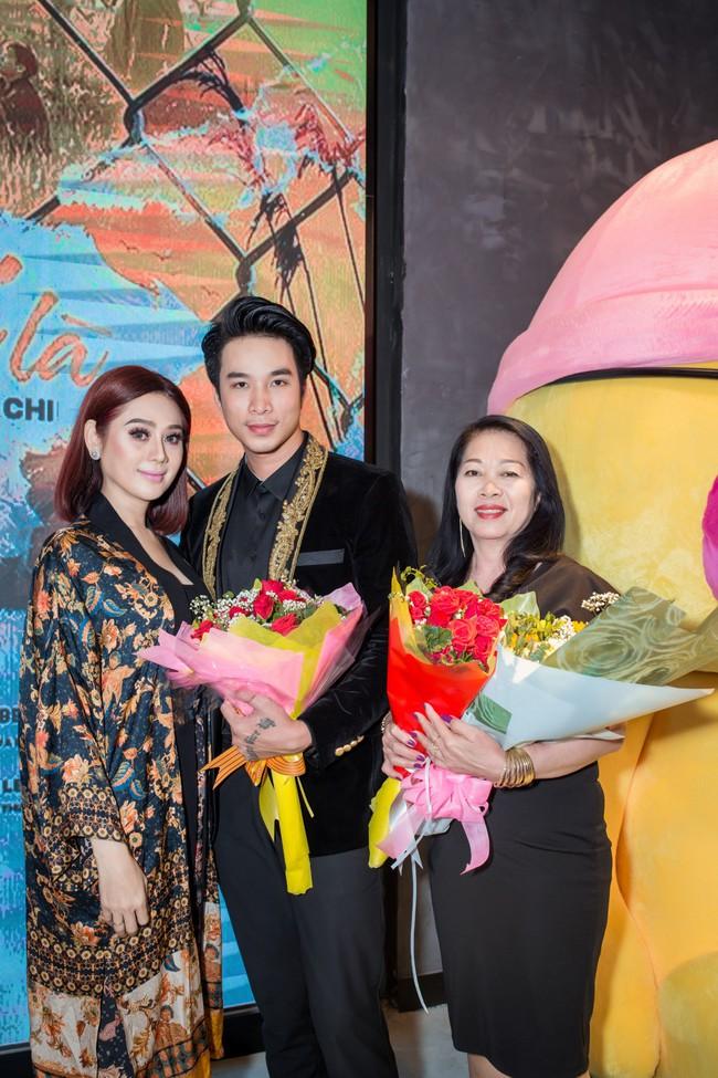 Lâm Khánh Chi trốn chồng đóng cảnh khỏa thân với trai đẹp kém tuổi - Ảnh 3.