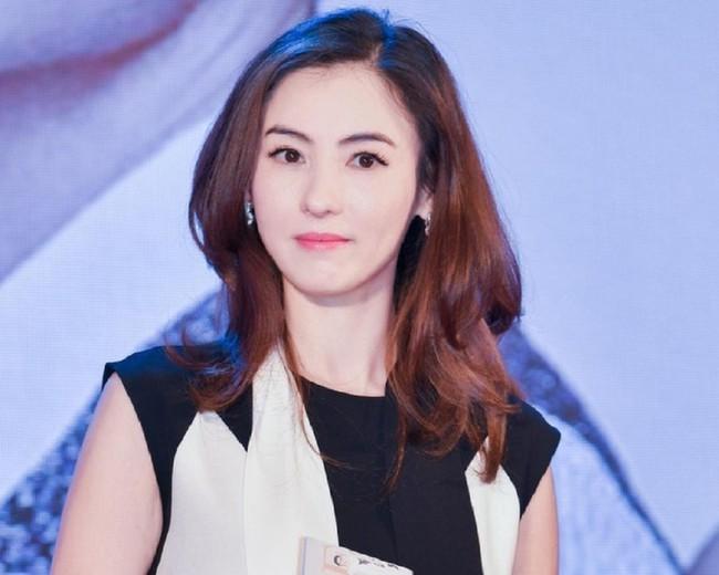 Xôn xao thông tin Trương Bá Chi bị ung thư giai đoạn cuối, đã giao quyền nuôi con cho Tạ Đình Phong? - Ảnh 2.