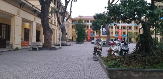 Rúng động: Thầy giáo dạy ôn thi HSG Toán ở Hà Nội nghi xâm hại 7 học sinh nam cấp 2 - Ảnh 3.