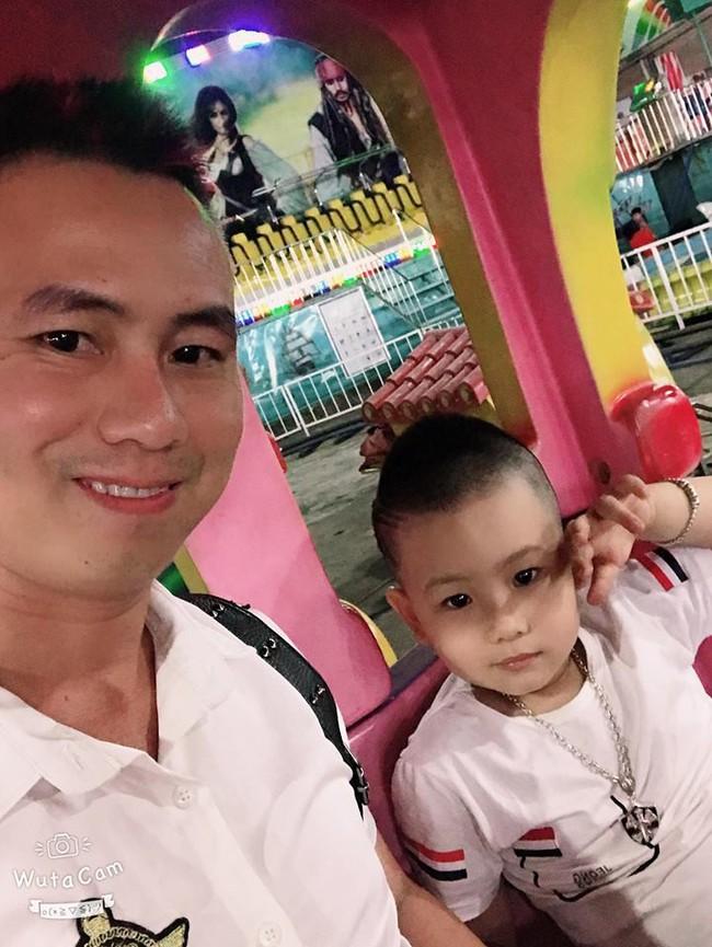 Con trai 5 tuổi mải chơi nuốt luôn vòng bạc vào bụng, bố mẹ tá hỏa đưa con đi bệnh viện và hành trình ly kỳ để lấy chiếc vòng ra - Ảnh 2.