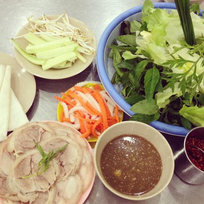 Điểm mặt 6 món ăn mùa hè được chị em văn phòng Sài Gòn sủng ái, gọi thả ga vẫn không lo cháy túi - Ảnh 1.