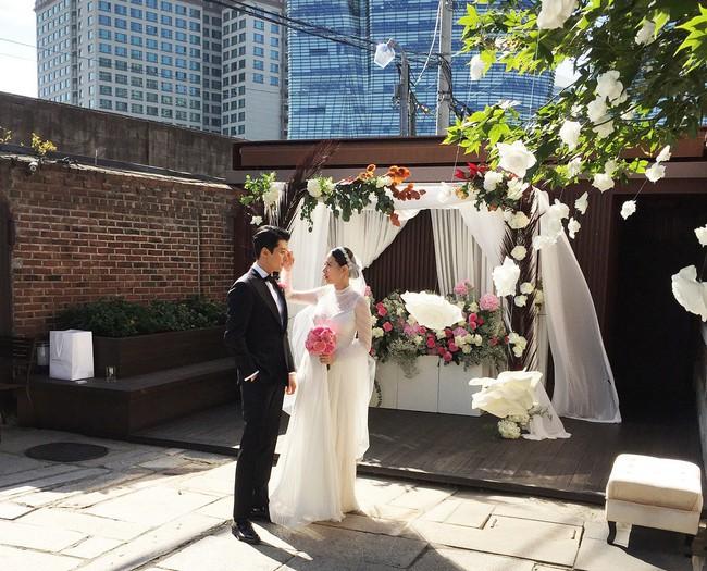 Cuộc sống hôn nhân 3 mỹ nhân Hàn cưới toàn tài tử đều là ông trùm giải trí: Đúng là phụ nữ hơn nhau ở tấm chồng - Ảnh 14.