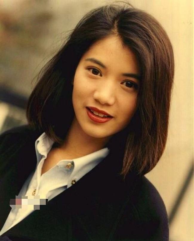 """Viên Vịnh Nghi thời thiếu nữ như tiên tử thế này, hỏi sao Trương Trí Lâm có nhiều """"vệ tinh"""" vây quanh, vẫn một mực chung thủy đến giờ - Ảnh 3."""
