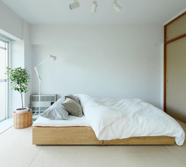 Bí mật bất ngờ bên trong căn nhà áp dụng phong cách tối giản ở Nhật khiến toàn thế giới ngả mũ thán phục - Ảnh 11.