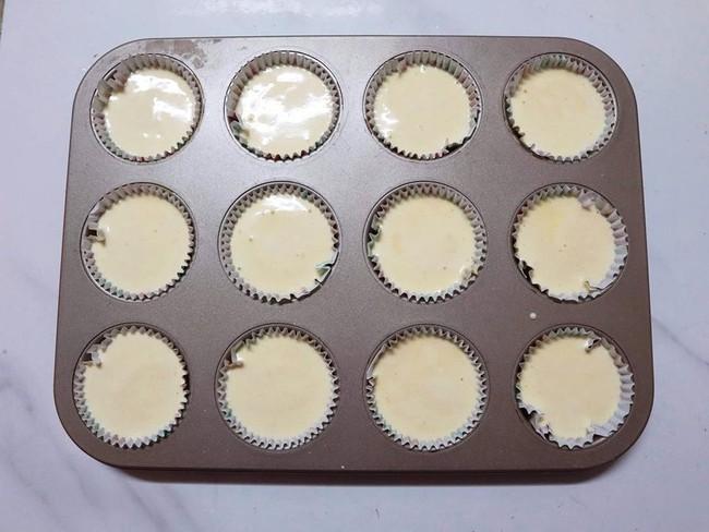 Nghỉ lễ trổ tài làm bánh cupcake đẹp lộng lẫy mà không khó chút nào! - Ảnh 4.