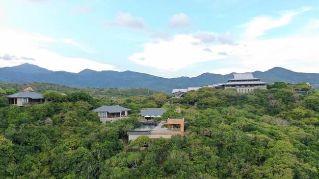 Cường Đô La đưa Đàm Thu Trang đi nghỉ lễ ở resort 6 sao, dân mạng không ngừng bàn tán về giá tiền phòng trên trời - Ảnh 1.
