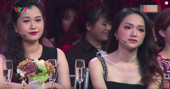 Hoa hậu Hương Giang lấy tay che ngực trước chàng trai tuyên bố bị bệnh lao nhưng thấy gái đẹp là lao vào - Ảnh 3.
