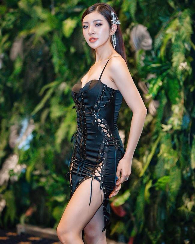 Hoa hậu có vẻ ngoài giống Bích Phương, Lý Nhã Kỳ bất ngờ tìm người yêu vì thiếu thốn tình cảm  - Ảnh 8.