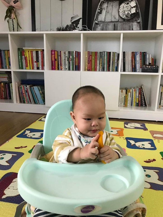 Con nhìn thấy đồ ăn là mắt sáng lên và loạt bí quyết cực chất rèn kỹ năng ăn uống chủ động, vui vẻ cho con từ nhỏ của mẹ 9X - Ảnh 5.