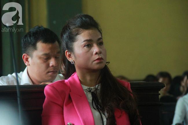 Bày tỏ mong muốn tái hợp chồng sau vụ ly hôn nghìn tỷ, bà Thảo nhân danh công ty, tiếp tục kiện ông Vũ - Ảnh 1.