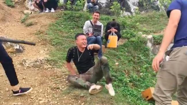 Làm người yêu của Hoàng Thùy Linh sau scandal clip nóng 12 năm trước, Hồng Đăng chia sẻ: Tất tay một ván bài  - Ảnh 8.