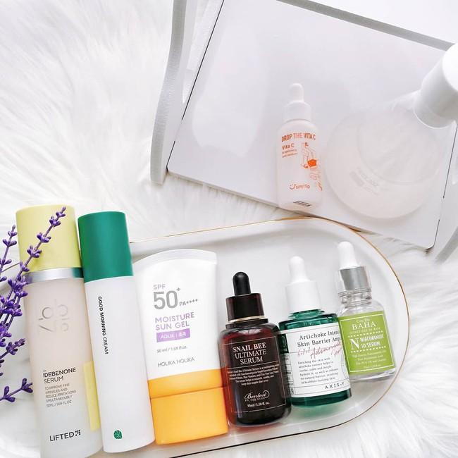 Nếu không muốn da xám xịt, nổi mụn sau khi thức khuya thì bạn đừng quên áp dụng 4 tips chăm sóc da này - Ảnh 2.