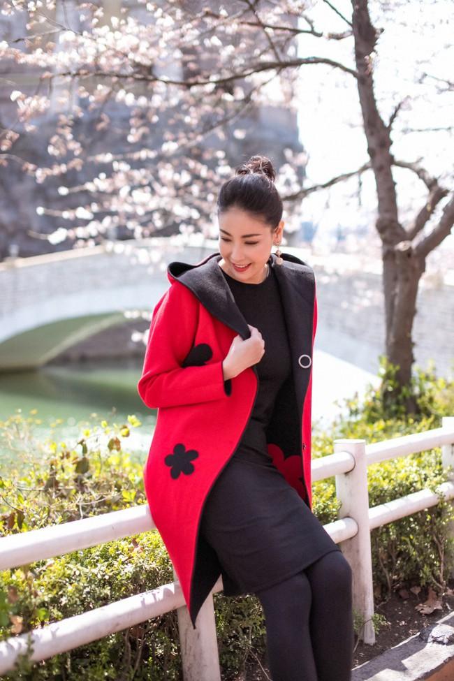Hoa hậu Hà Kiều Anh khoe dáng thon gọn, rạng rỡ bên con gái cưng ở Hàn Quốc - Ảnh 10.