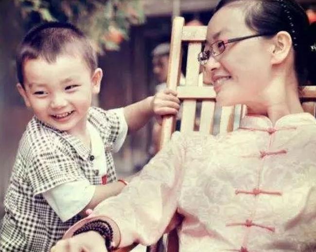 Mẹ ơi, đợi con lớn lên sẽ đưa mẹ đến viện dưỡng lão tốt nhất và câu chuyện khiến phụ huynh đều suy ngẫm đến rơi nước mắt - Ảnh 2.